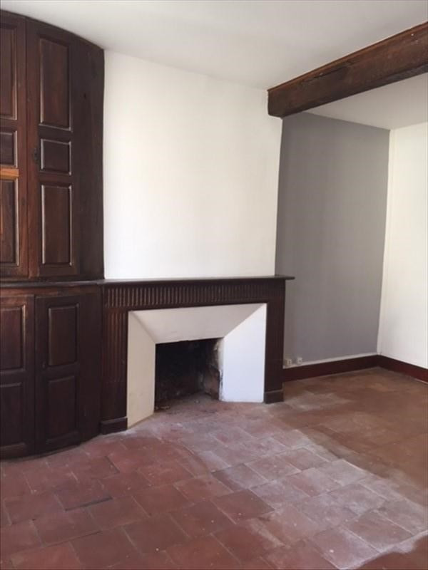 Location maison / villa Caujac 895€ CC - Photo 3