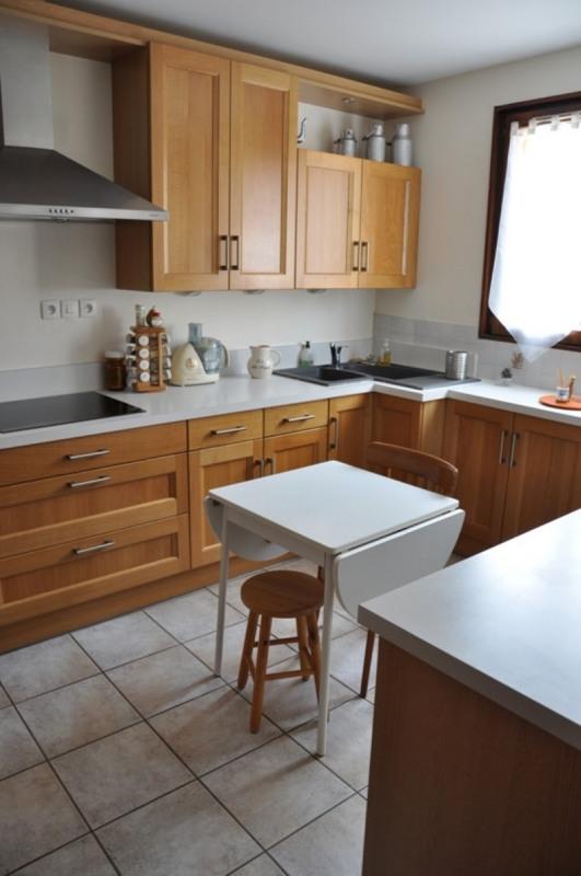 Sale house / villa Pommiers 235000€ - Picture 5