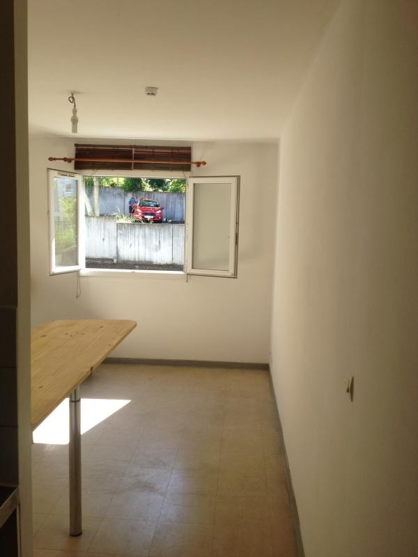 Investment property apartment Le tampon 53 000€ - Picture 2