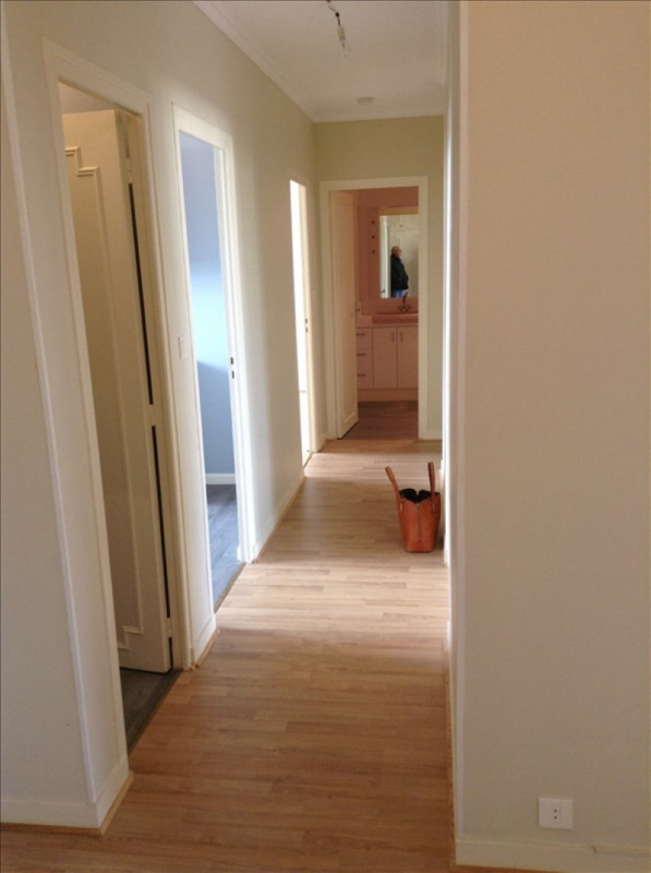 Rental apartment St quentin 850€ CC - Picture 5