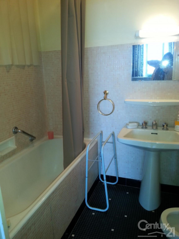 Location appartement Deauville 700€ CC - Photo 5