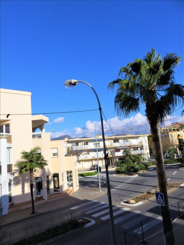 Vente appartement Sanary sur mer 245 000€ - Photo 2