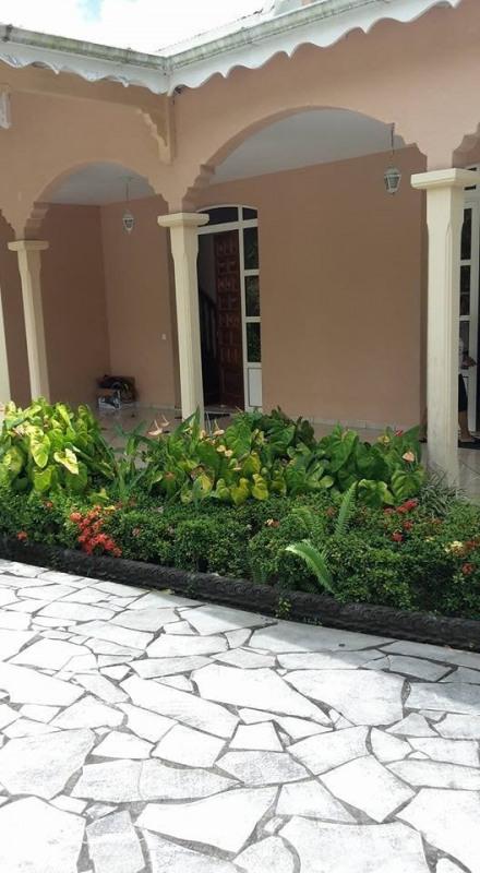 Vente de prestige maison / villa Gourbeyre 553850€ - Photo 7