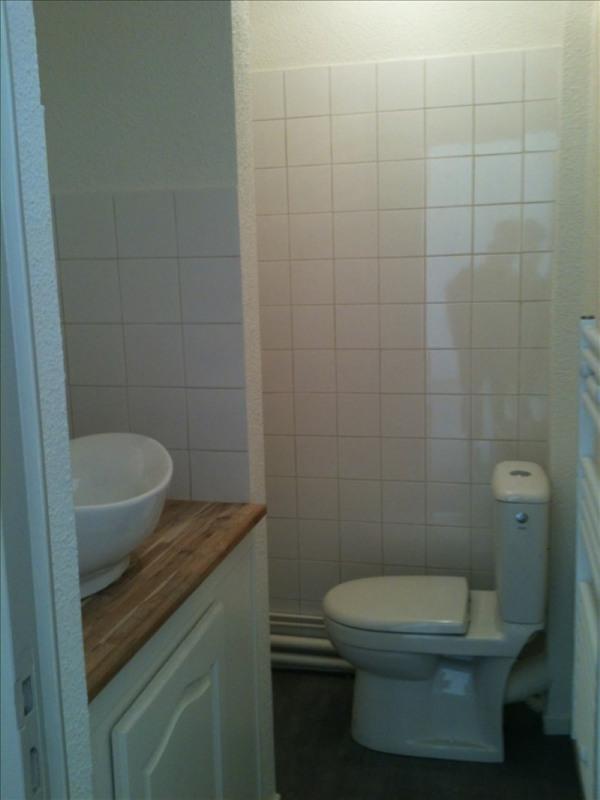 Locação apartamento Voiron 556€ CC - Fotografia 4