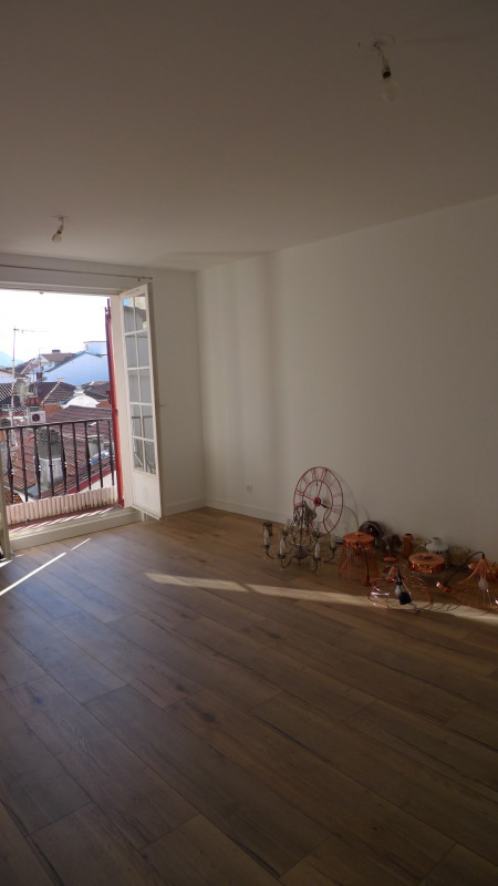Rental apartment Saint-jean-de-luz 1300€ CC - Picture 2
