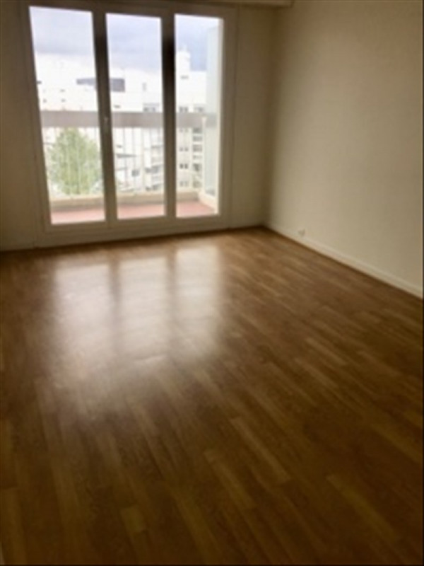 Rental apartment Marly le roi 1 250€ CC - Picture 3