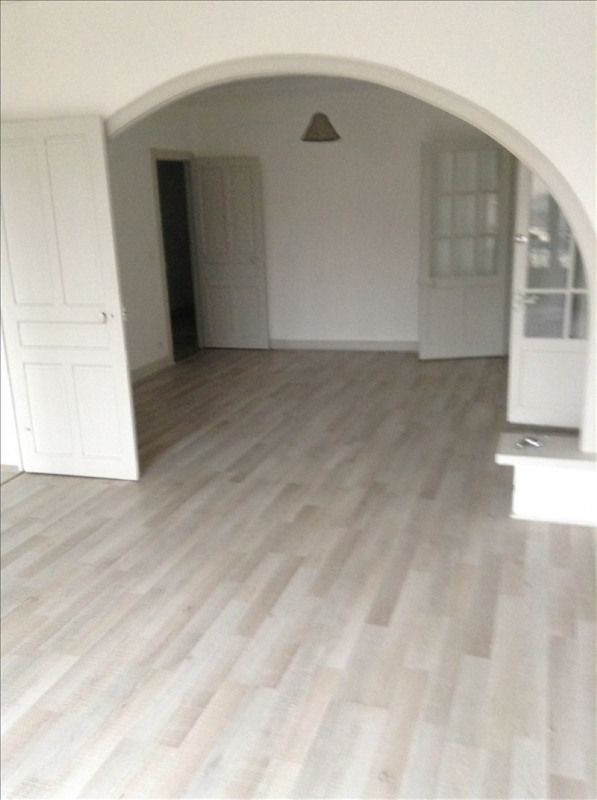 Location appartement St quentin 720€ CC - Photo 1