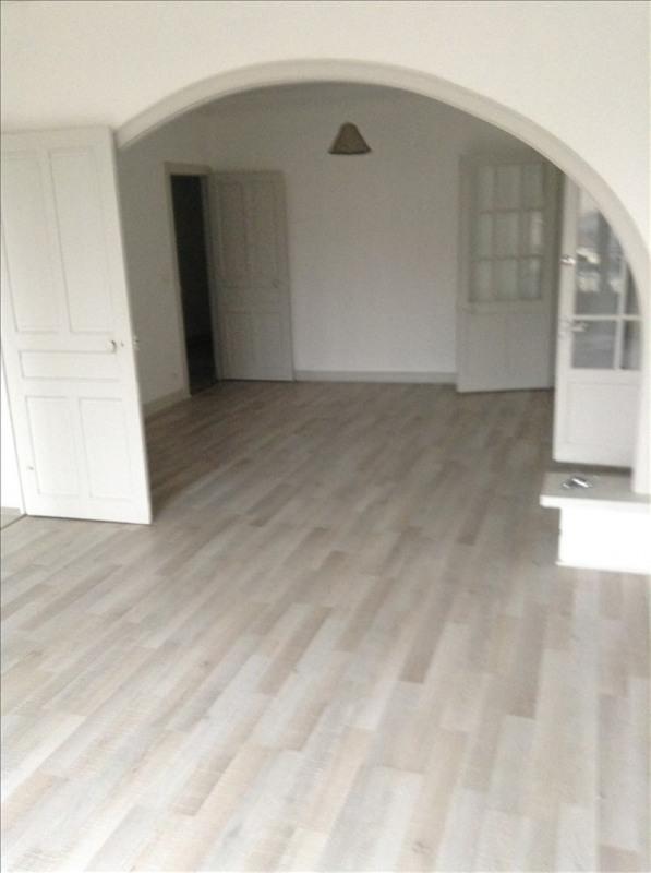 Rental apartment St quentin 720€ CC - Picture 1