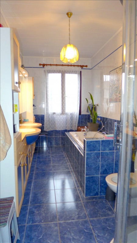 Vente maison / villa Bondy 330000€ - Photo 9