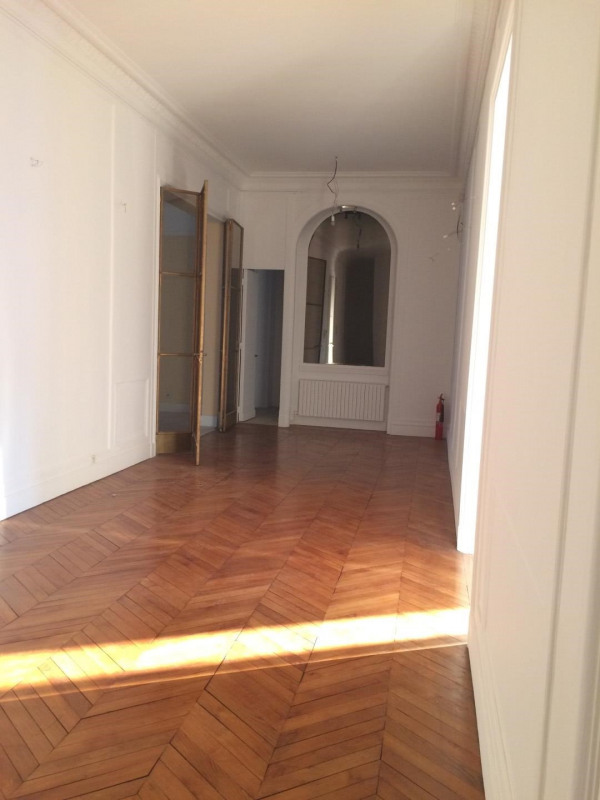 Rental apartment Paris 16ème 12 000€ CC - Picture 6