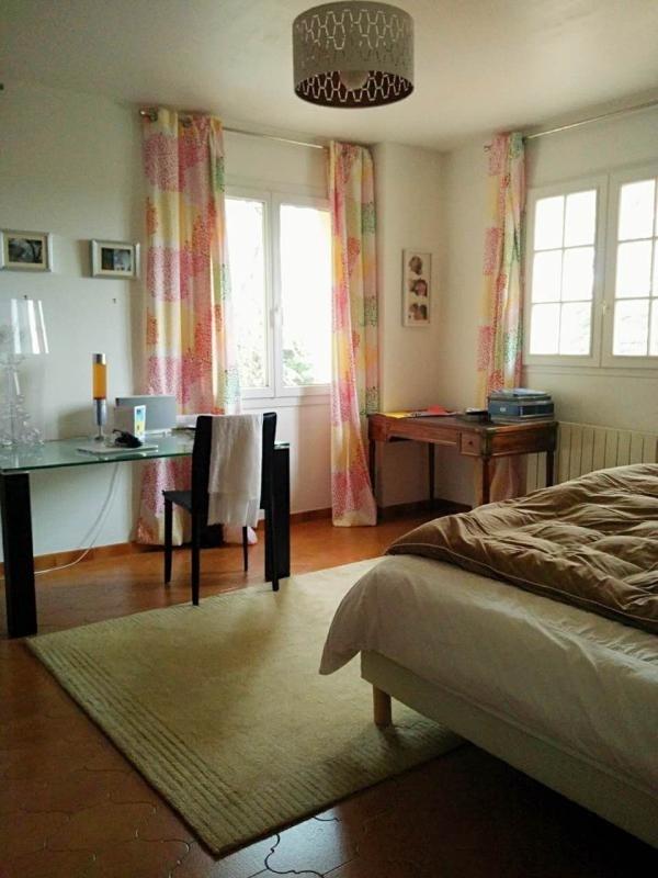 Location maison / villa Eguilles 2380€ CC - Photo 6
