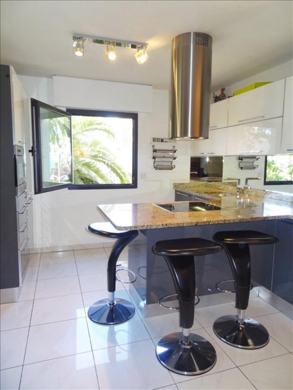 Vente de prestige appartement St raphael 641000€ - Photo 2