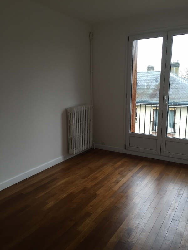 Location appartement Marly le roi 999€ CC - Photo 7