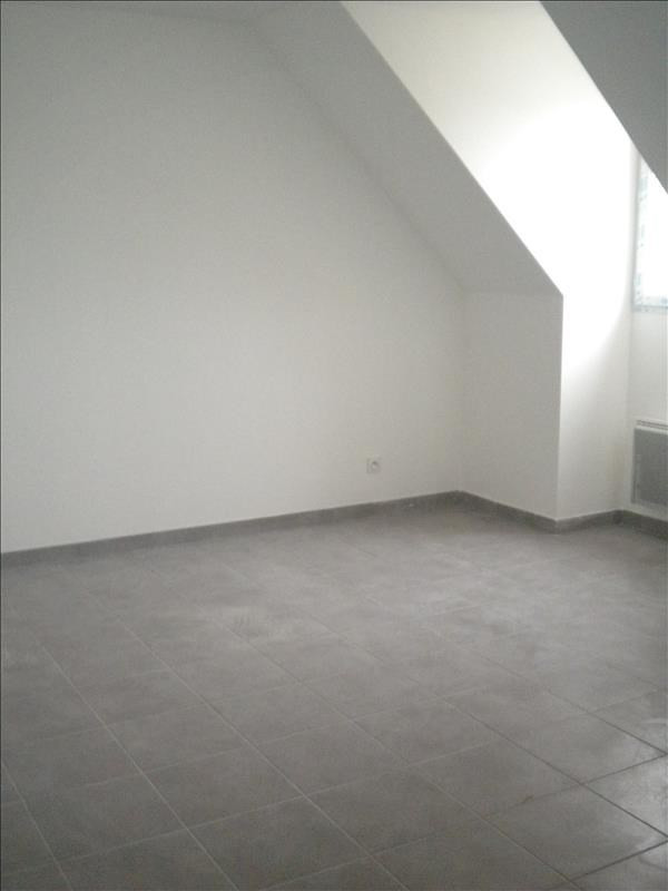 Location maison / villa Ste anne 796€ CC - Photo 6