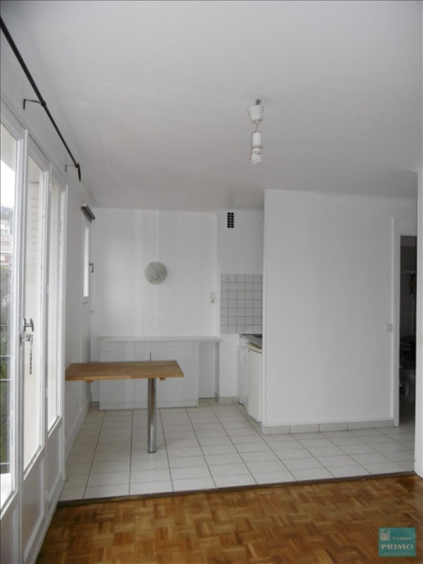 Location appartement Le plessis robinson 660€ CC - Photo 3