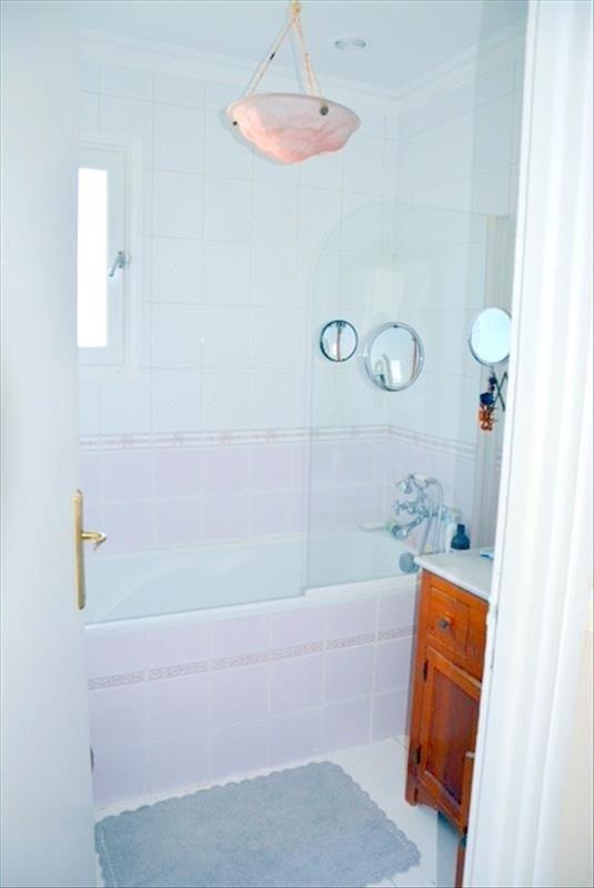 Sale house / villa Conflans ste honorine 329900€ - Picture 4