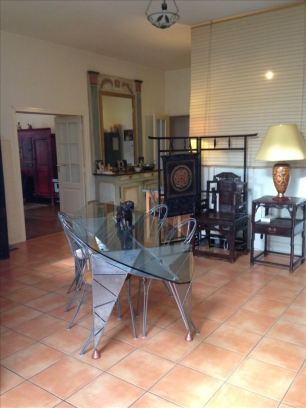 Rental apartment Assieu 850€ CC - Picture 1