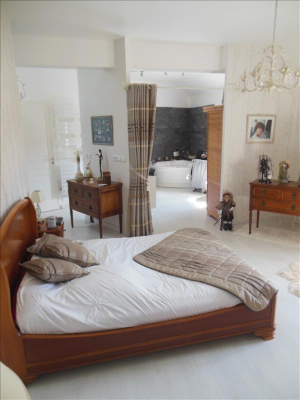 Sale house / villa Belbeuf 379000€ - Picture 5