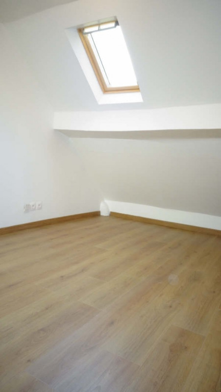 Sale apartment Groslay 99000€ - Picture 2