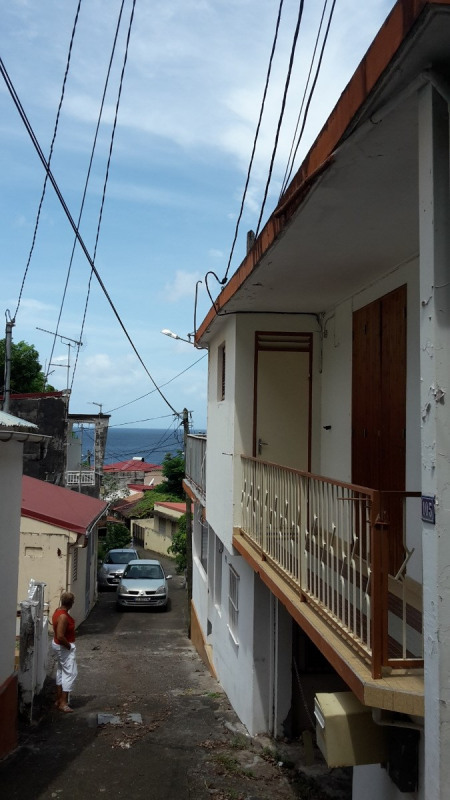 Sale building Basse terre 170 000€ - Picture 1