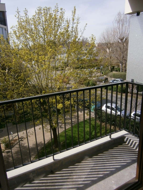 Location appartement Le chesnay 601€ CC - Photo 3