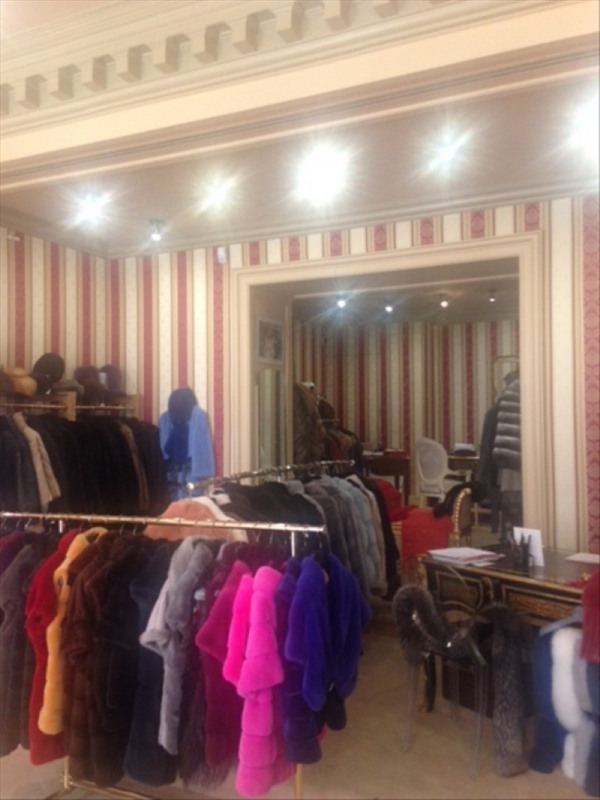 Vente boutique Paris 8ème 392 000€ - Photo 4