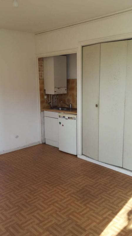 Location appartement Marseille 3ème 400€ CC - Photo 3