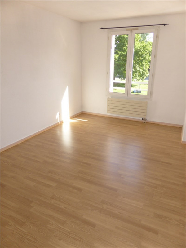 Location appartement Prevessin-moens 1045€ CC - Photo 5