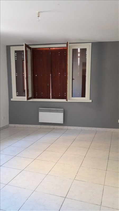 Location appartement Marsillargues 590€ CC - Photo 1