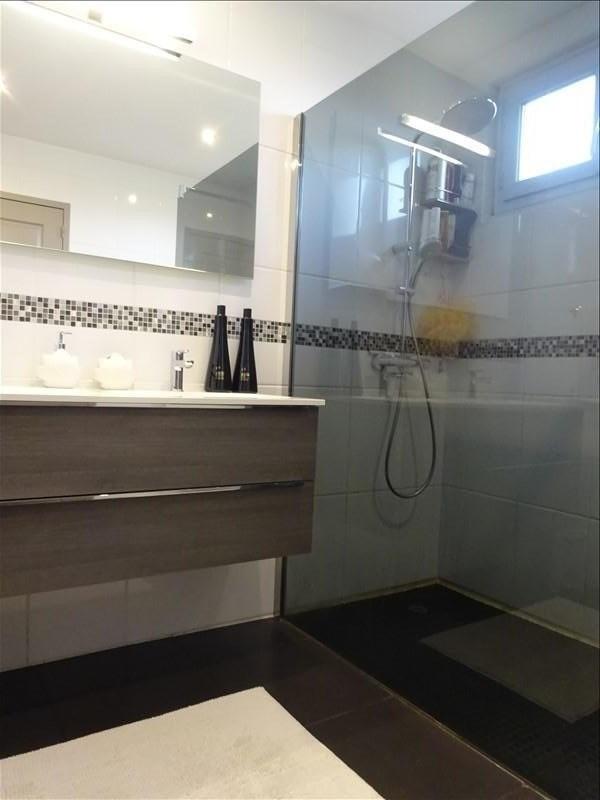 Vente maison / villa St genis laval 445000€ - Photo 7