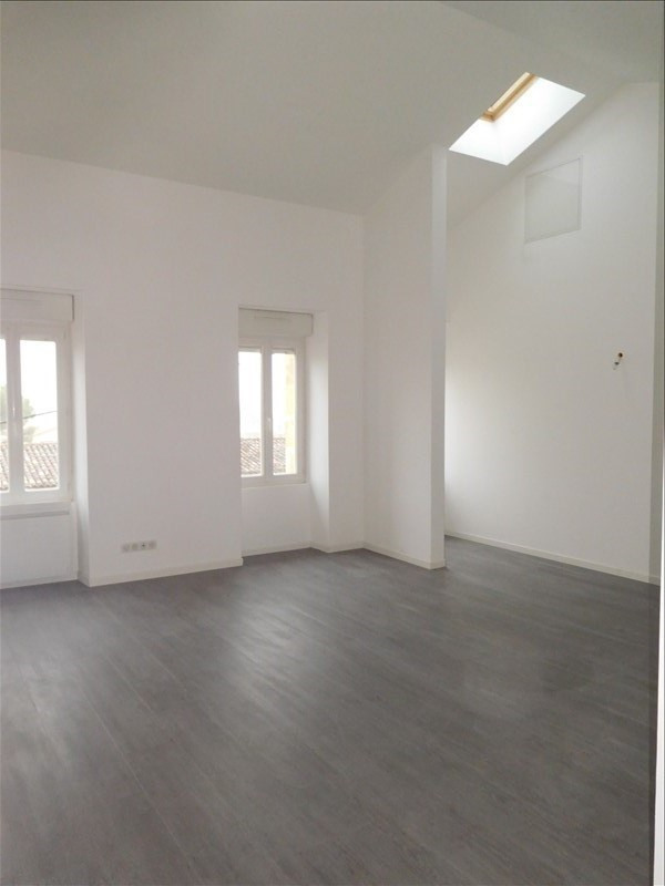 Location appartement St andre de cubzac 616€ CC - Photo 2