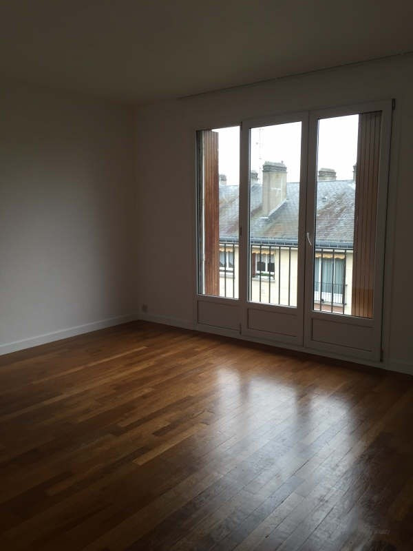 Location appartement Marly le roi 999€ CC - Photo 3