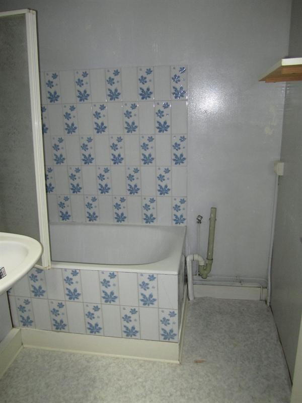 Location appartement Barbezieux-saint-hilaire 436€ CC - Photo 5