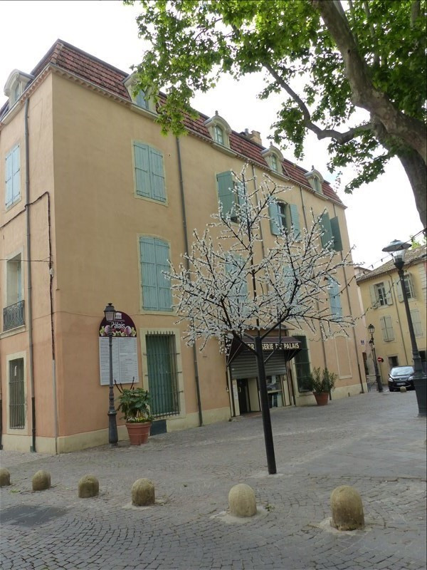 Sale apartment Beziers 100 000€ - Picture 2
