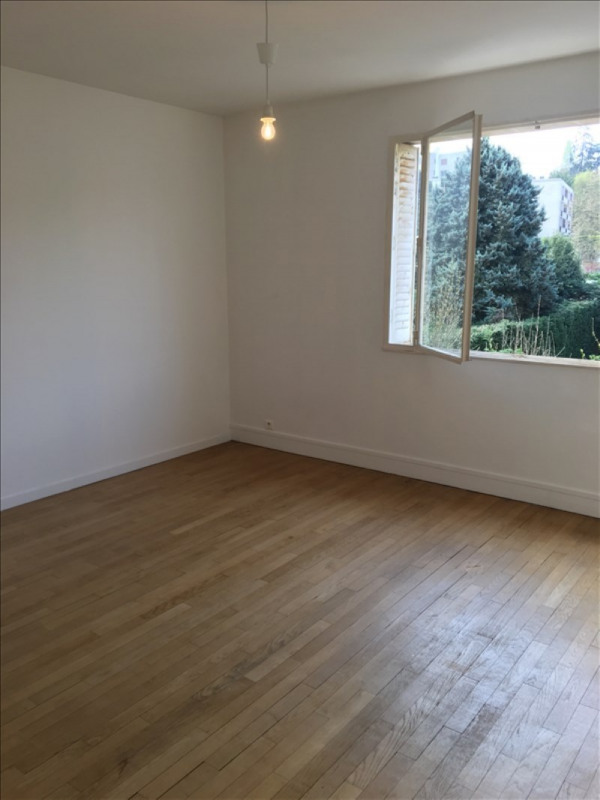 Location appartement Vaucresson 1 380€ CC - Photo 3