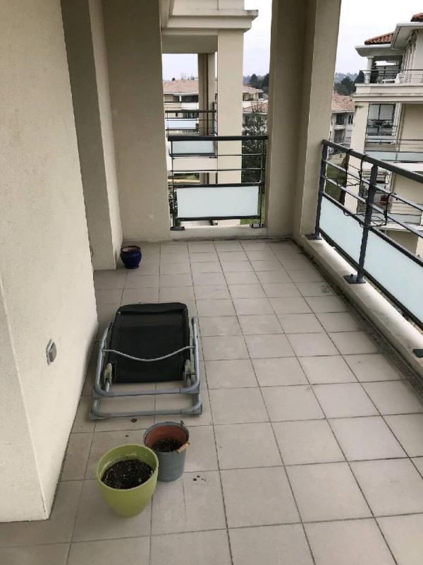 Rental apartment Vourles 820€ CC - Picture 3