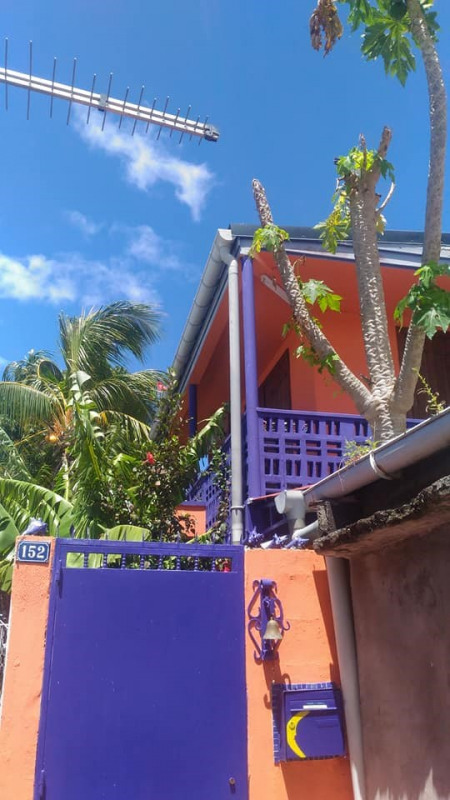 Sale house / villa Basse terre 98000€ - Picture 1