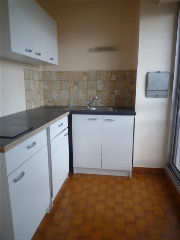 Rental apartment Le raincy 670€ CC - Picture 3