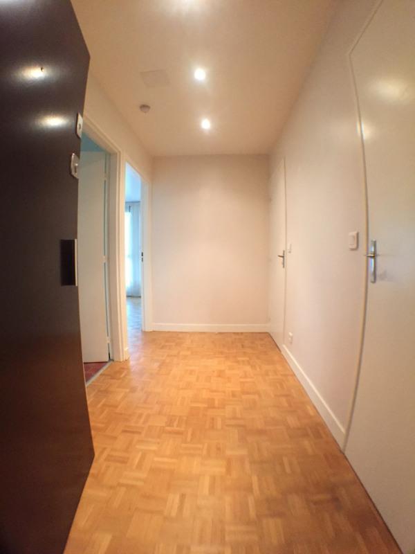Rental apartment Méry-sur-oise 869€ CC - Picture 1