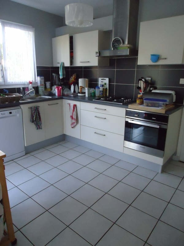 Location maison / villa Plouvien 810€ CC - Photo 4