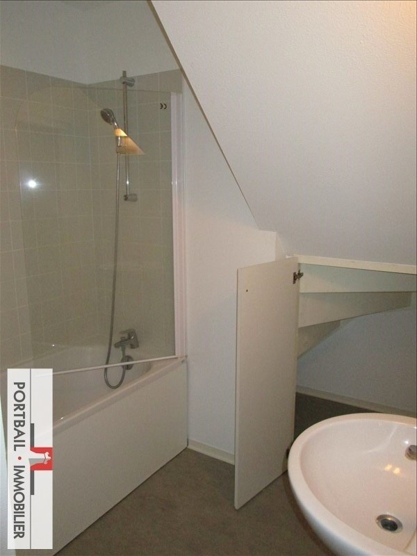 Location appartement Blaye 419€ CC - Photo 4
