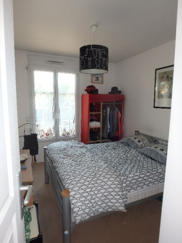 Rental apartment Viroflay 1 384€ CC - Picture 4