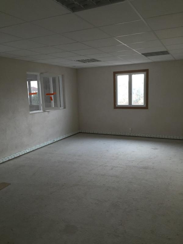 Rental empty room/storage Saint-priest 2200€ HC - Picture 3