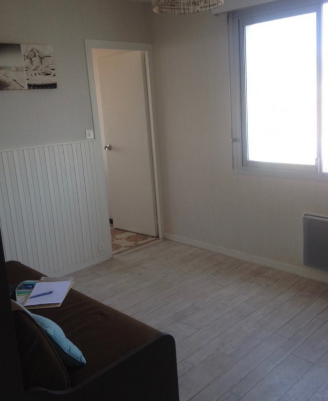 Sale apartment Les sables d olonne 109 000€ - Picture 4