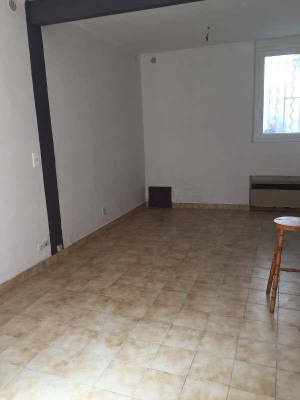 Rental apartment Nimes 335€ CC - Picture 1