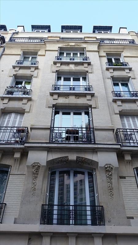Sale apartment Paris 20ème 179000€ - Picture 1