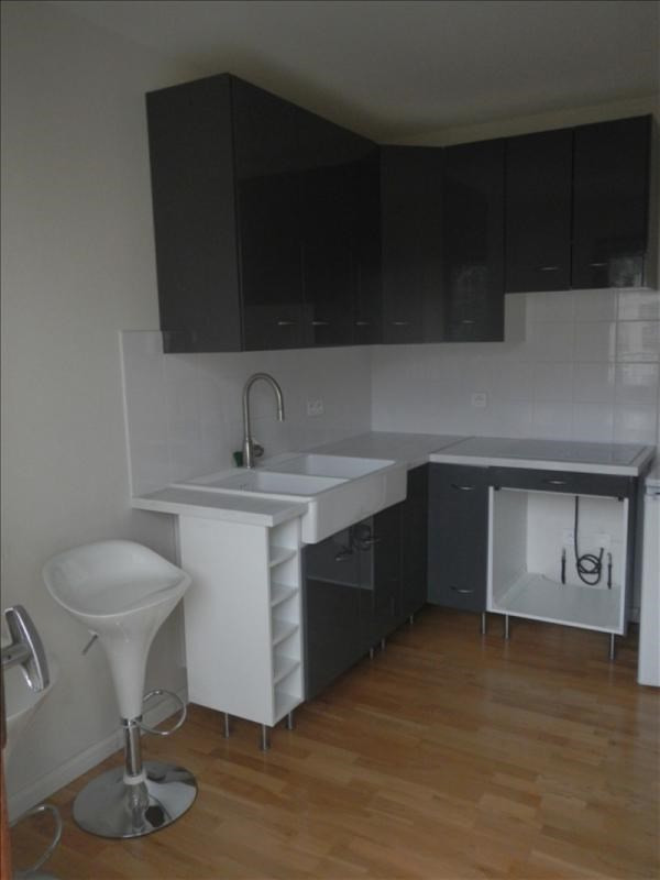 Rental apartment Le chesnay 698€ CC - Picture 3