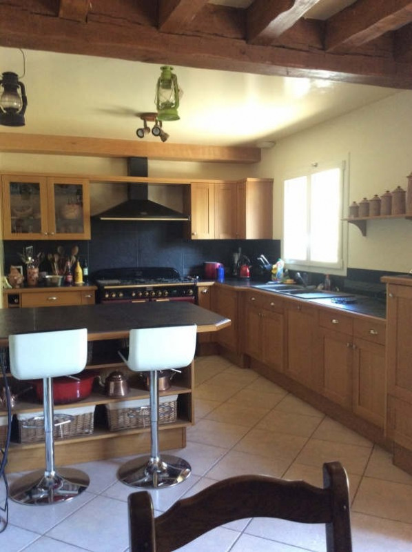 Sale house / villa Le chatelet en brie 350000€ - Picture 3