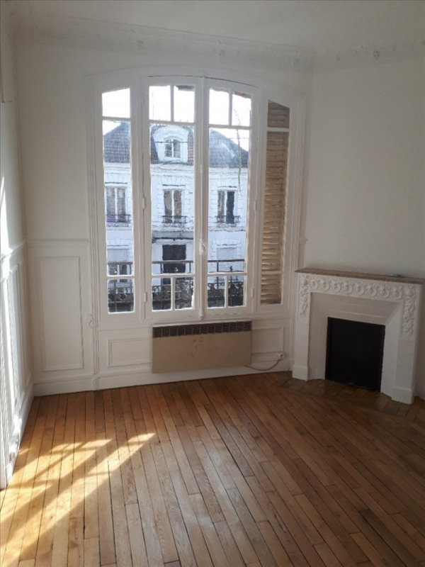 Rental apartment Le raincy 1065€ CC - Picture 4