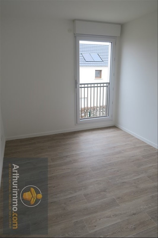 Rental apartment Vert st denis 693€ CC - Picture 5